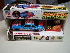 Richard Petty #43 Nascar Grand Prix Sounds of Power 1/25 Remote Control Race Car