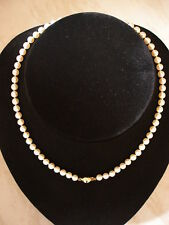 SINGLE ROW UNIFORM CULTURED PEARL NECKLACE WITH 9CT CLASP BRAND NEW IN BOX