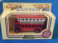 LLEDO DAYS GONE DIECAST FIGURE - MADAME TUSSAUDS - AEC Regent Bus - DG15009