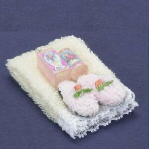 DOLLHOUSE Towel Set w Lotion & Slippers Cream a2389 Falcon Miniature