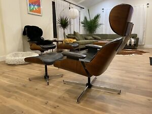 Eames Herman Miller Design Lounge Chair and Ottoman
