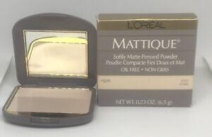 2  L'oreal Mattique Softly Matte Pressed Powder Ivory