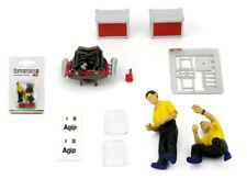 Brumm F092 Ferrari Pit Crew Mechanics (Engine Diorama Set) - 1/43 Scale