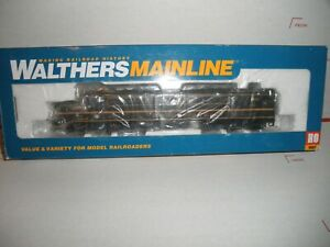 WALTHERS MAINLINE DL-109 NEW HAVEN GREEN AND GOLD  #0708