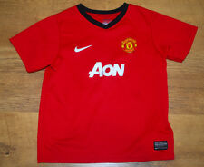Nike Manchester United 2013/2014 home shirt (For age 6/7 years)