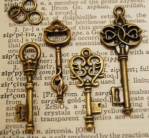 8 x Royal Skeleton Key Antique Old look Vintage Key AU SELLER