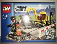LEGO City 7936 Level Crossing de  2010 100% NEUF JAMAIS OUVERT