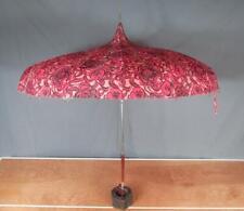 Vintage 1960s Umbrella Parasol Rain Sun Floral Op Art Nice Handle Great Display!