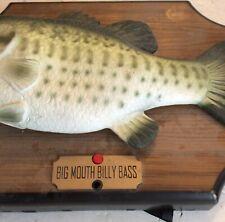 Big Mouth Bill Bass Sining Fish