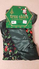 """48"""" CHRISTMAS TREE SKIRT OR TABLE COVER BLACK GREEN HOLLY BERRY DEER ETC NEW"""