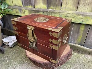 VINTAGE 20th century CHINESE JEWELLERY CABINET drawers table top brass wood box