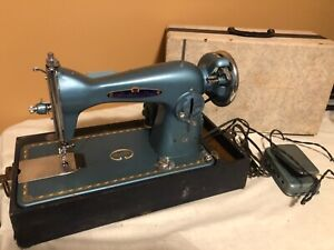 Vtg Precision Manufactured Sewing Machine Abraham & Straus Turquoise in Case