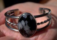 Gorgeous Vintage Navajo Silver & Black & White Snowflake Obsidian Stone Bracelet