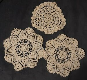 3 Vintage Hand Crocheted Round White Doilies, lot 8