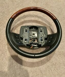 2005-2011 Lincoln Town Car Grand Marquis Steering Wheel Black with Woodgrain