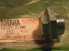 YAMAHA PR440 '76 TL433 '74 TRACK DRIVE SPROCKET BOLT OEM #90109-24412-00