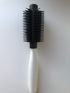 Tangle Tweezer Blow Drying Round Brush - Used in Excellent Condition