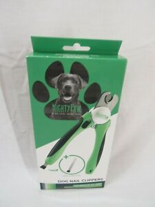 Mighty Paw Dog Nail Clippers   Pet Nail Trimmers & Nail File Set Includes a Buil
