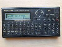 SHARP PC-1248 Pocket Computer, BASIC Calculator, Taschenrechner #604