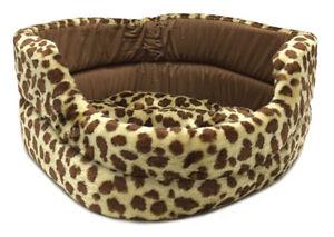 PET BED Spotted Giraffe print Plush Dog Cat Sleeper NEW!