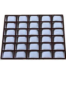 Display mit Kissen für 30 Uhren Uhrenaufbewahrung Uhrendisplay Uhrenlade 470x345