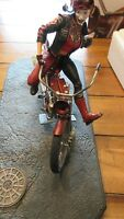 DC Collectibles Gotham City Garage: Harley Quinn on Motorcycle bike Statue
