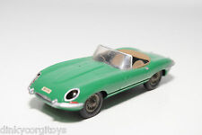 CORGI TOYS 307 JAGUAR E TYPE E-TYPE CABRIO GREEN EXCELLENT CONDITION REPAINT