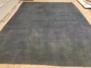 ANTIQUE HANDMADE TRADITIONAL ORIENTAL CARPET (371 x 275 cm)