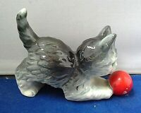 Vintage Goebel Cat / Kitten with Ball of Wool Ceramic Figurine