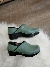 Women's Size Euro 36 Us 5.5-6 Sanita Green Snake Skin Scales Clogs Shoes