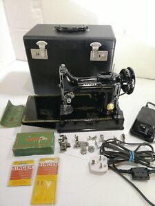 Singer 221k Featherweight Sewing Machine Vintage