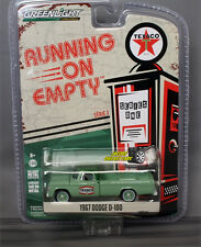 1:64 GREENLIGHT RUNNING ON EMPTY SERIES 1 - 1967 DODGE D-100 - Texaco