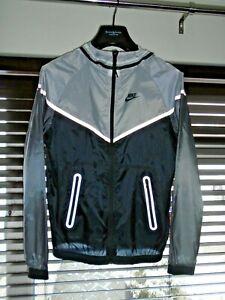 Nike Hyperfuse Windrunner Windbreaker Grey/Black Tech Nylon Jacket Size Small