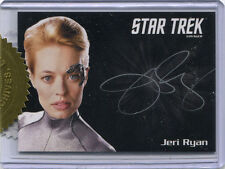 Star Trek Voyager Heroes & Villains Autograph Card Jeri Ryan Silver Variant