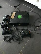 Microsoft Xbox Konsole mit Festplatte, Kabeln und Controllern - CD Laufwerk?