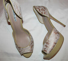 CHARLES DAVID ACANTHUS champagne lace / patent leather peep toe platform shoes 9