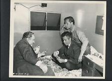 BILL HOLDEN + GLENN FORD PLAY CARDS ON SET -1948 CANDID DBLWT BY VAN PELT EX CON