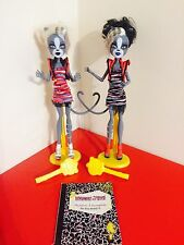 Monster High Meowlody and Purrsephone Werecats Zombie Shake - T5