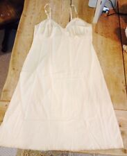 Vintage Vanity Fair slip with lace trim size 38 beige nude color dress Free Ship