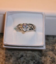 LOVELY CUBIC ZIRCONIUM PEAR CUT STERLING SILVER RING/SIZE 6.5/CUT OUT WAVE SIDES