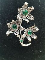 Vintage 1940s Green Rhinestone prong set 3D Flower Brooch with heart pattern