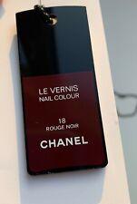 CHANEL PENDANT NECKLACE CHARM ON CHAIN LE VERNIS 18 ROUGE NOIR VIP GIFT