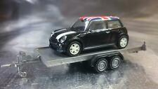 * Herpa 052450 - 001 Car Trailer and 1 x Mini with UK roof Flag 1:87 H0 Scale
