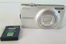 Nikon COOLPIX S6000 14.2MP Digital Camera - Champagne silver *Fair/tested*