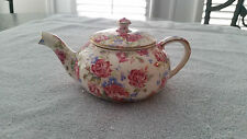 Royal Winton Grimwades Victorian Rose mini teapot with lid