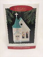 Hallmark Keepsake Ornament Nostalgic Houses Shops Series Town Church 12th 1995