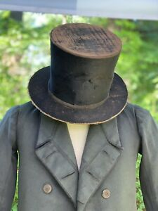 EARLY FIRST HALF 19THC GENTS STOVE PIPE TOP HAT IN BEAVER?