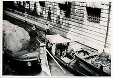 VENISE c. 1940 - Rio di Palazzo Prisons Italie - DIV 3308