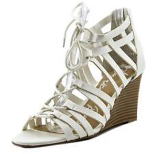 41 Sandali e scarpe bianche con tacco medio (3,9-7 cm) per il mare da donna