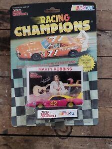 Marty Robbins #42 1969 Dodge Daytona 1/64 scale Racing Champions